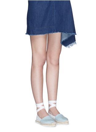 模特儿示范图 - 点击放大 - PIERRE HARDY - 真皮拼牛仔布系带麻编鞋