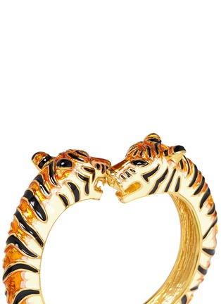 Detail View - Click To Enlarge - Kenneth Jay Lane - Enamel double tiger gold plated cuff