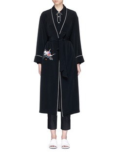 Comme Moi Swan embroidered belted satin back crepe coat