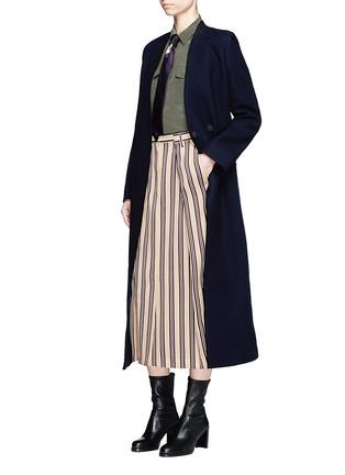 Figure View - Click To Enlarge - Dries Van Noten - Front vent stripe skirt