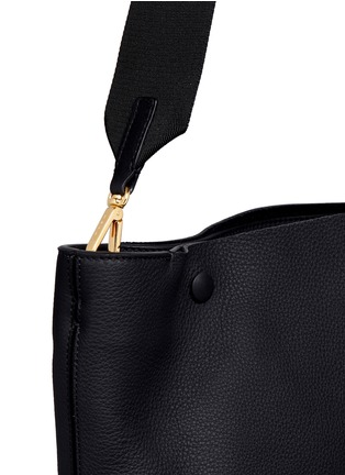 Detail View - Click To Enlarge - Marni - Large pebbled leather bucket bag
