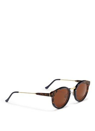 模特儿示范图 - 点击放大 - SUPER - PANAMA中性款玳瑁拼色圆框太阳眼镜