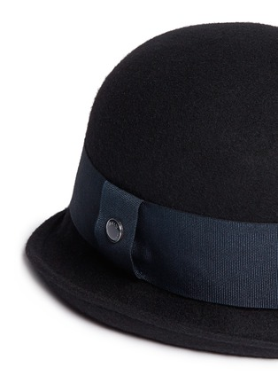 Detail View - Click To Enlarge - Armani Collezioni - Felted wool cloche hat