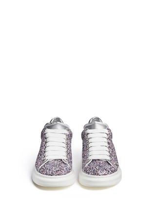 Figure View - Click To Enlarge - Alexander McQueen - Chunky outsole coarse glitter metallic leather sneakers