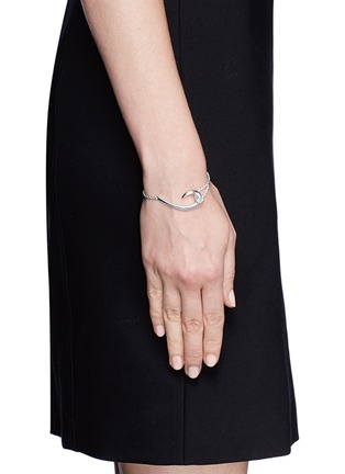 Figure View - Click To Enlarge - Shaun Leane - Silver hook bracelet