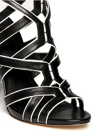 Detail View - Click To Enlarge - B BY BRIAN ATWOOD - Carbinia contrast trim strappy sandals