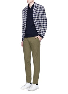 IncotexSlim fit water-repellent cotton chinos