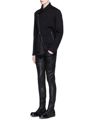 模特儿示范图 - 点击放大 - THE VIRIDI-ANNE - 涂层修身长裤