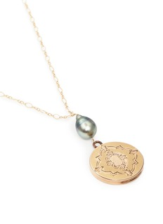 Antique Lockets Tahitian pearl 14k gold antique round locket necklace