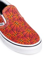 'Classic Sports' basketball print canvas kids slip-ons