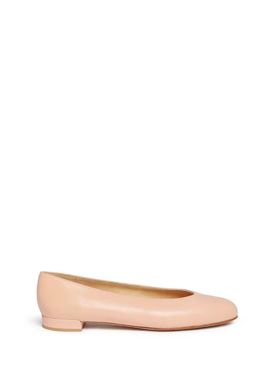 Chic Flat nappa leather ballerinas by Stuart Weitzman