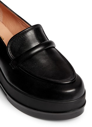 Detail View - Click To Enlarge - Robert Clergerie - 'Yokolej' leather wedge platform loafers