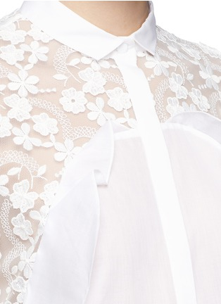 Detail View - Click To Enlarge - Giamba - Floral embroidery lace frill cotton shirt
