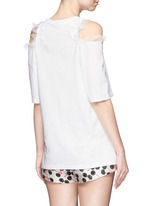 Sequin lip appliqué cold shoulder T-shirt