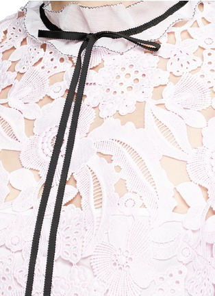 Detail View - Click To Enlarge - self-portrait - Back ruffle neck guipure lace dress
