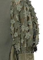 花卉拼贴纯棉针织衫
