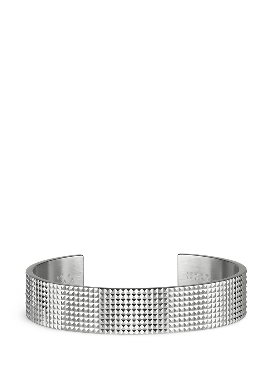 Guilloché Le 41 Grammes stud sterling silver cuff by Le Gramme