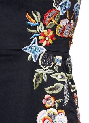 Detail View - Click To Enlarge - alice + olivia - ''Malin' floral embroidered dress