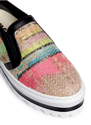 Detail View - Click To Enlarge - MSGM SHOES - Textured stripe flatform slip-ons