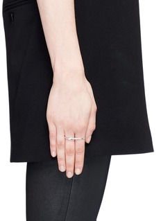 Maison Margiela Fine Jewellery 'Anamorphose' 18k white gold twisted two finger ring