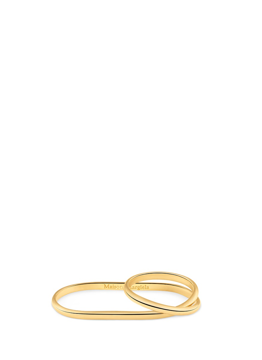 Anamorphose 18k yellow gold twisted two finger ring by Maison Margiela Fine Jewellery