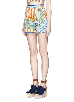 Front View - Click To Enlarge - Dolce & Gabbana - Orange floral foulard print silk twill shorts