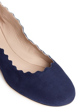 Detail View - Click To Enlarge - Chloé - 'Lauren' scalloped edge suede flats