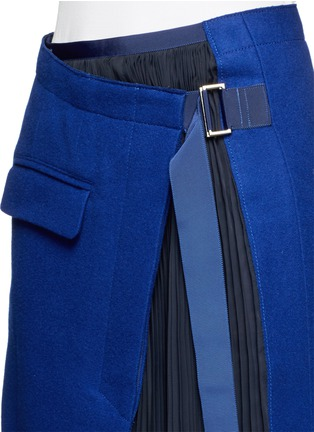 Detail View - Click To Enlarge - Sacai - Plissé pleat chiffon felt wrap skirt