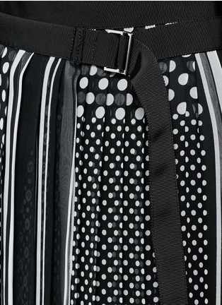 Detail View - Click To Enlarge - Sacai - Dot scarf print pleated wrap midi skirt