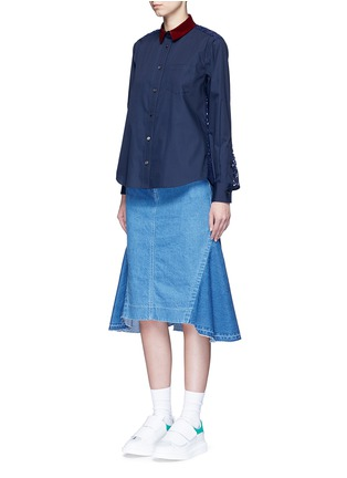 Front View - Click To Enlarge - Sacai - Guipure lace back velvet collar shirt