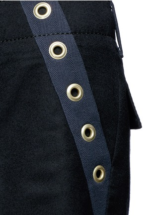 Detail View - Click To Enlarge - Sacai - Grommet trim wool flannel culottes