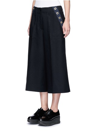 Front View - Click To Enlarge - Sacai - Grommet trim wool flannel culottes