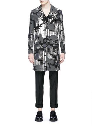 首图 - 点击放大 - NEIL BARRETT - 拼色迷彩花纹混棉大衣