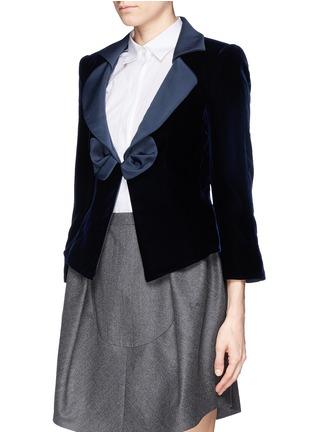 Front View - Click To Enlarge - Armani Collezioni - Satin lapel bow velvet jacket