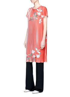 HELEN LEE Flying bunny print plissé pleated dress