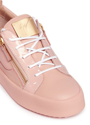 Detail View - Click To Enlarge - Giuseppe Zanotti Design - 'Nicki' double zip leather sneakers
