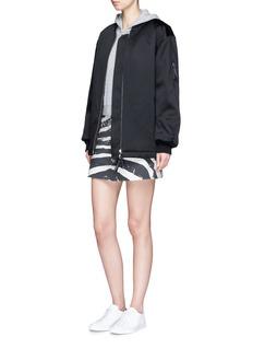 Marc JacobsStar logo shrunken hoodie