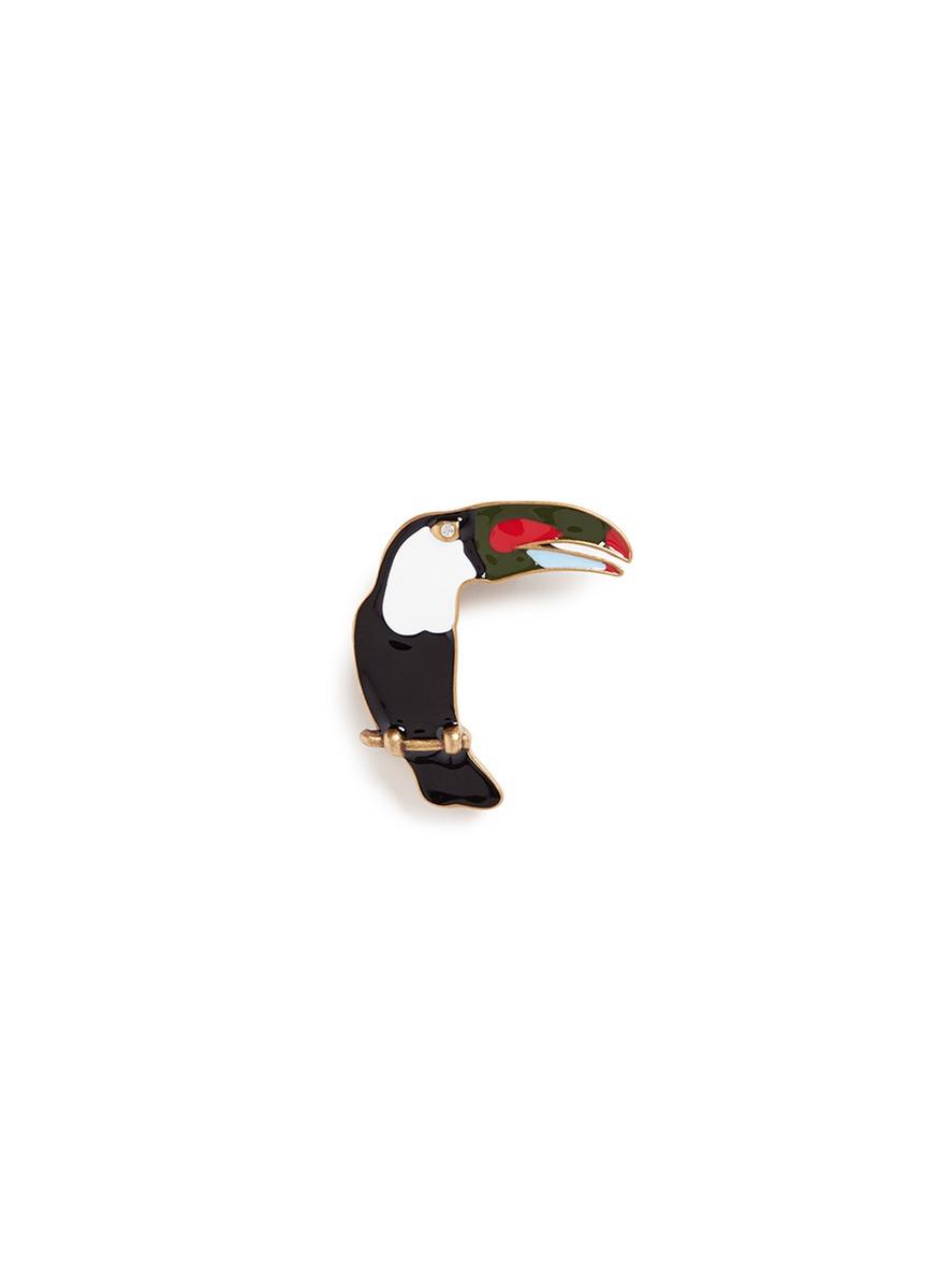 marc jacobs female  enamel toucan pin