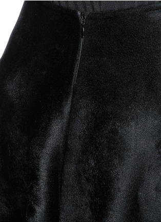 Detail View - Click To Enlarge - Alaïa - 'Trigone' zigzag hem velour flared midi skirt
