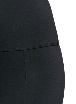 Detail View - Click To Enlarge - Live The Process - 'Geometric' foldable waist cropped performance leggings