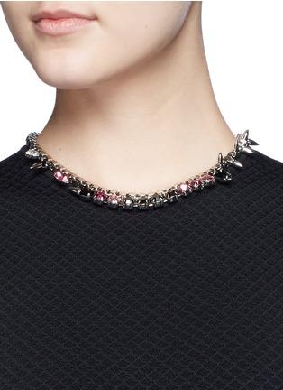 模特儿示范图 - 点击放大 - JOOMI LIM - ORGANIZED CHAOS施华洛世奇仿水晶缀饰项链