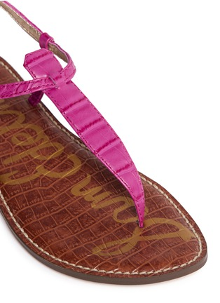 Detail View - Click To Enlarge - Sam Edelman - 'Gigi' croc embossed T-strap flat sandals