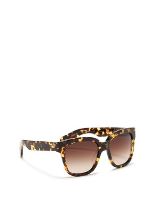 模特儿示范图 - 点击放大 - OLIVER PEOPLES - 'Brinley' tortoiseshell acetate square sunglasses