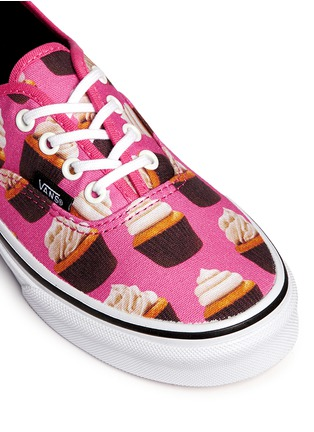 Detail View - Click To Enlarge - Vans - 'Authentic Late Night' cupcake print canvas kids sneakers
