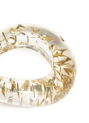 Detail View - Click To Enlarge - Niin - 'Aurora' brass chip chunky resin bangle