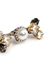 'Hunger' Swarovski crystal glass pearl two finger ring