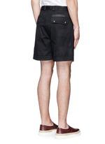 'Camu Noir' cotton twill shorts