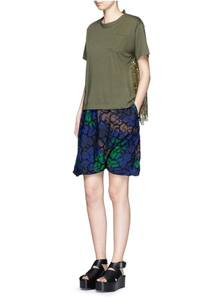 Figure View - Click To Enlarge - Sacai - Floral print cutout guipure lace bubble shorts