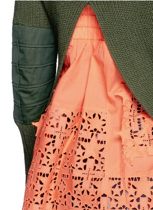 Detail View - Click To Enlarge - Sacai - Star lace camisole rib knit sweater set