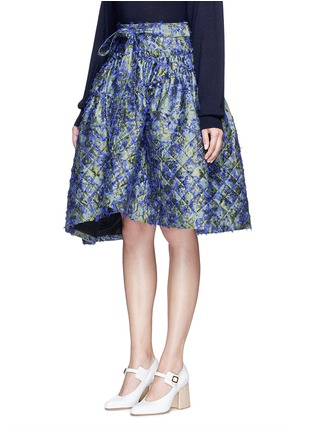 Front View - Click To Enlarge - Jourden - Fil coupé fringe floral jacquard quilted skirt